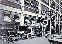 Albert Kahn: Model T. Body to chassis mock-up.
