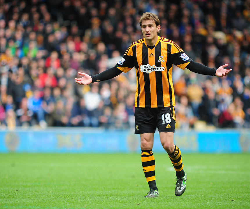 Hull City's Nikica Jelavic<br /> <br /> Photographer Chris Vaughan/CameraSport<br /> <br /> Football - Barclays Premiership - Hull City v Everton - Sunday 11th May 2014 - Kingston Communications Stadium - Hull<br /> <br /> &copy; CameraSport - 43 Linden Ave. Countesthorpe. Leicester. England. LE8 5PG - Tel: +44 (0) 116 277 4147 - admin@camerasport.com - www.camerasport.com