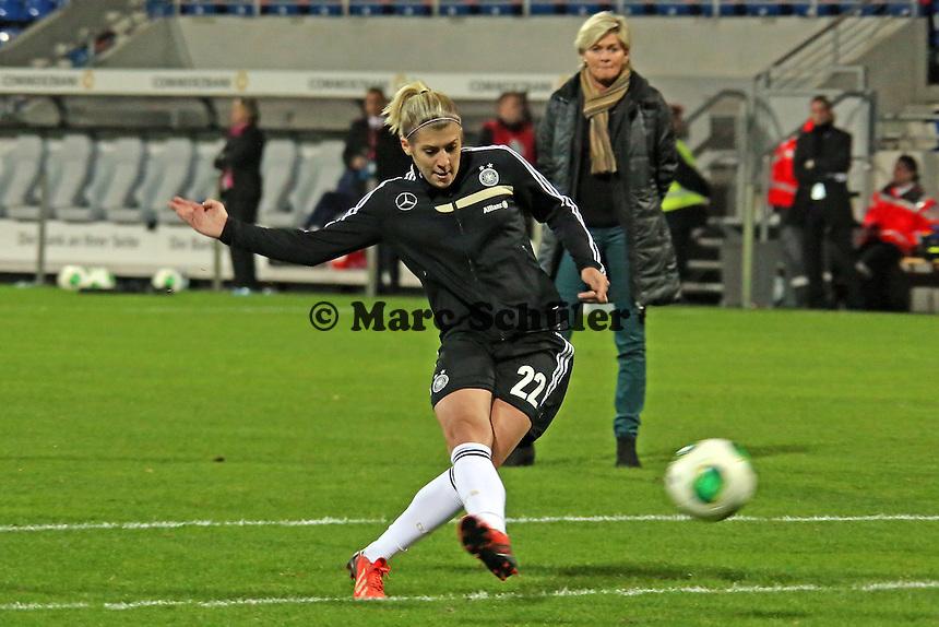 Luisa Wensing (D) - Deutschland vs. Kroatien, WM-Qualifikation, Frankfurter Volksbank Stadion