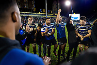 Bath Rugby players celebrate the win in a post-match huddle. Gallagher Premiership match, between Bath Rugby and Leicester Tigers on December 30, 2018 at the Recreation Ground in Bath, England. Photo by: Patrick Khachfe / Onside Images