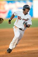 Winston-Salem right fielder David Cook (24) hustles into third base versus Wilmington at Ernie Shore Field in Winston-Salem, NC, Saturday, June 9, 2007.
