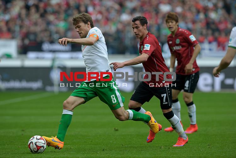 09.05.2015, HDI Arena, Hannover, GER, 1.FBL, Hannover 96 vs Werder Bremen, im Bild Clemens Fritz (Bremen #8), Edgar Prib (Hannover #7)<br /> <br /> Foto &copy; nordphoto / Frisch