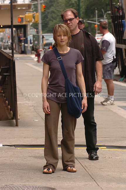 WWW.ACEPIXS.COM . . . . .....June 14, 2006, New York City....Jodie Foster on the set of 'The Brave One'  ....Please byline: AJ Sokalner - ACEPIXS.COM.... *** ***..Ace Pictures, Inc:  ..(212) 243-8787 or (646) 769 0430..e-mail: picturedesk@acepixs.com..web: http://www.acepixs.com