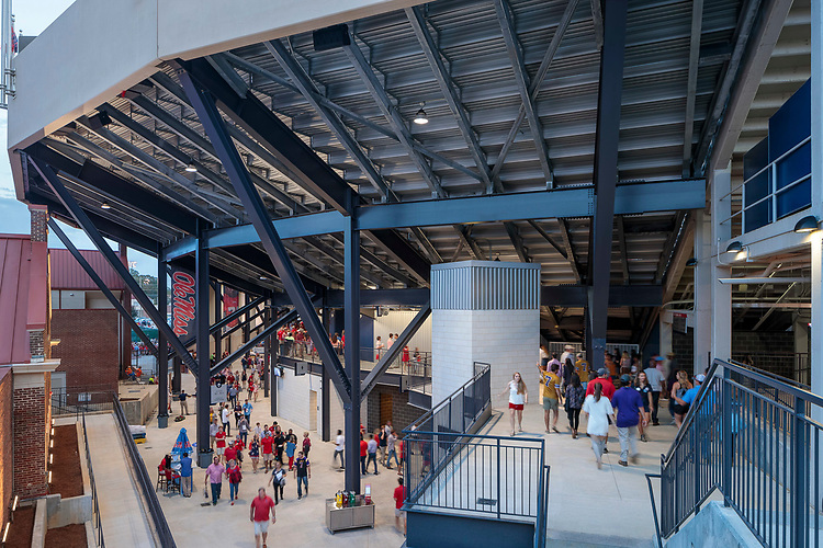 Ole Miss Vaught-Hemingway Stadium Expansion & Renovation   AECOM