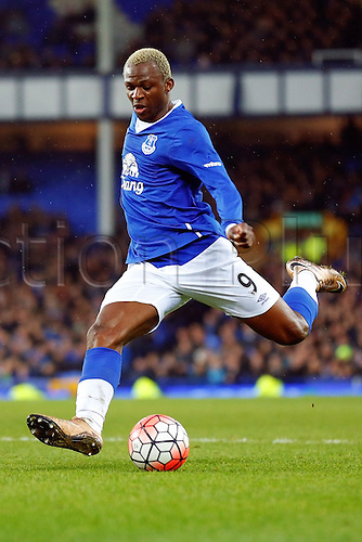 09.01.2016. Goodison Park, Liverpool, England. Emirates FA Cup 3rd Round. Everton versus Dagenham and Redbridge. Arouna Kone of Everton in shooting action