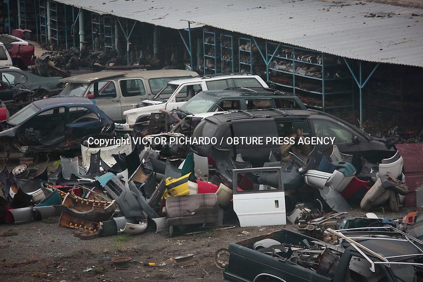 Querétaro, Qro. 15 junio 2016.- Aspectos generales sobre deshuesaderos en la capital del estado.