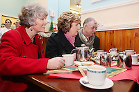 NO REPRO FEE. President McAleese has visited the Focus Ireland Coffee Shop.20/12/2010. L-R Joyce Loughnan CEO Focus Ireland, President Mary McAleese and Des Murphy a customer at the Focus Ireland Coffee Shop and Housing Advice Service in Temple Bar. The Centre provides meals, advice, information and support to the homeless.Picture James Horan/Collins Photos
