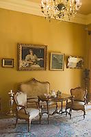 Europe/Pologne/Lodz: Le Palais d'Israël Poznanski qui contient le Musée d'Histoire de la Ville de Lodz - détail d'un salon