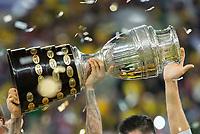 Rio de Janeiro (RJ), 07/07/2019 - Copa América / Final / Brasil x Peru -  Troféu de campeão para o Brasil durante comemoração após partida contra o Peru jogo válido pela Final da Copa América no Estádio do Maracanã no Rio de Janeiro neste domingo, 07. (Foto: Anderson Lira/Brazil Photo Press)