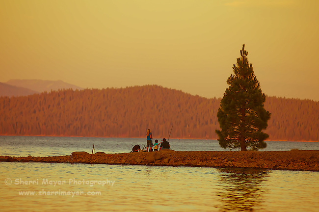 Family fishing at Lake Almanor, Northern California.