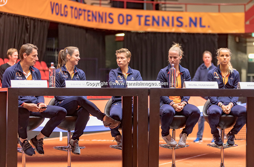Den Bosch, The Netherlands, Februari 8, 2019,  Maaspoort , FedCup  Netherlands - Canada, Draw, Dutch team<br /> Photo: Tennisimages/Henk Koster