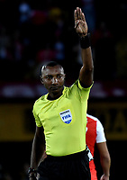 BOGOTÁ - COLOMBIA, 06-05-2018: Gustavo Murillo, arbitro, durante partido de la fecha 19 entre Independiente Santa Fe y Millonarios, por la Liga Aguila I 2018, en el estadio Nemesio Camacho El Campin de la ciudad de Bogota. / Gustavo Murillo, referee, during a match of the 19th date between Independiente Santa Fe and Millonarios, for the Liga Aguila I 2018 at the Nemesio Camacho El Campin Stadium in Bogota city, Photo: VizzorImage / Luis Ramírez / Staff.