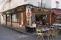 Paris, France. 09.05.2015. Customers outside Le Paillon, Rue Mouffetarde, 5th Arrondissement, Paris, France. Photograph © Jane Hobson.
