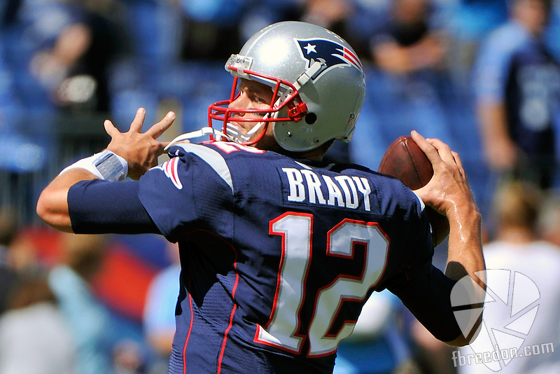 NASHVILLE, TN - SEPTEMBER 09:  Quarterback Tom Brady #12 of the New England Patriots warms up prior to a game against the Tennessee Titans at LP Field on September 9, 2012 in Nashville, Tennessee.  (Photo by Frederick Breedon/Getty Images) *** Local Caption *** Tom Brady