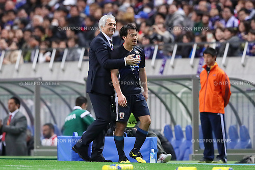 (L-R) Vahid Halilhodzic, Shinji Okazaki (JPN), MARCH 29, 2016 - Football / Soccer : FIFA World Cup Russia 2018 Asian Qualifier Second Round Group E match between Japan 5-0 Syria at Saitama Stadium 2002 in Saitama, Japan. Okazaki was made captain for the night to celebrate his 100th cap for his country. He is Japan's third all-time goalscorer with 48 goals in his 100 games. (Photo by Yohei Osada/AFLO SPORT)