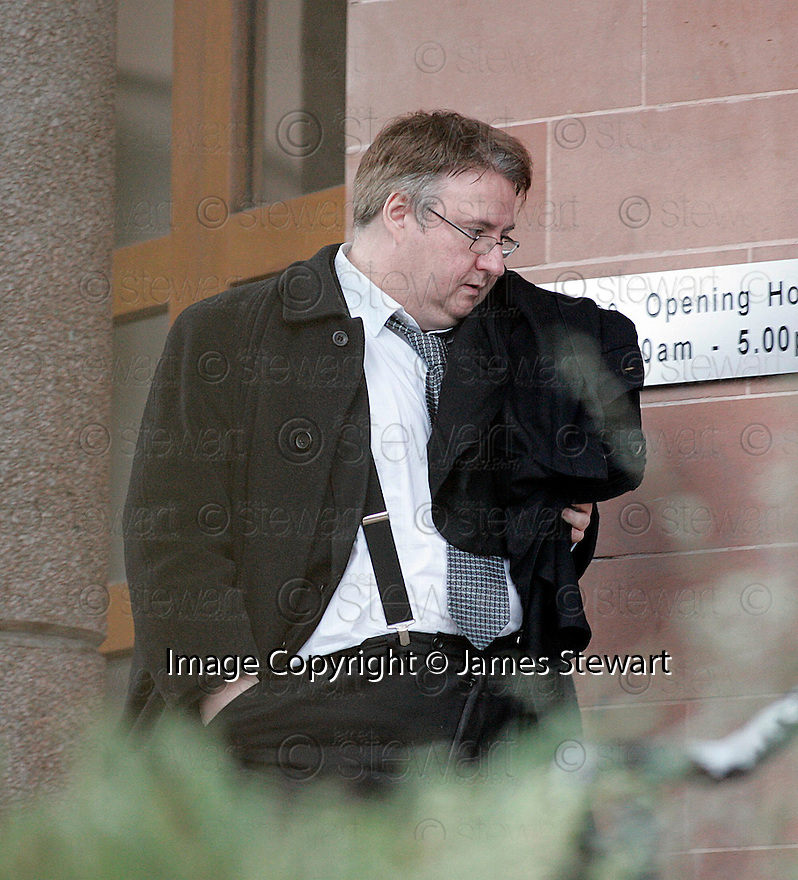 27/11/2005         Copyright Pic : James Stewart.File Name : sct_jspa02 michael lowrie.LAWYER MICHAEL LOWRIE ARRIVES AT FALKIRK SHERIFF COURT.....Payments to :.James Stewart Photo Agency 19 Carronlea Drive, Falkirk. FK2 8DN      Vat Reg No. 607 6932 25.Office     : +44 (0)1324 570906     .Mobile   : +44 (0)7721 416997.Fax         : +44 (0)1324 570906.E-mail  :  jim@jspa.co.uk.If you require further information then contact Jim Stewart on any of the numbers above.........