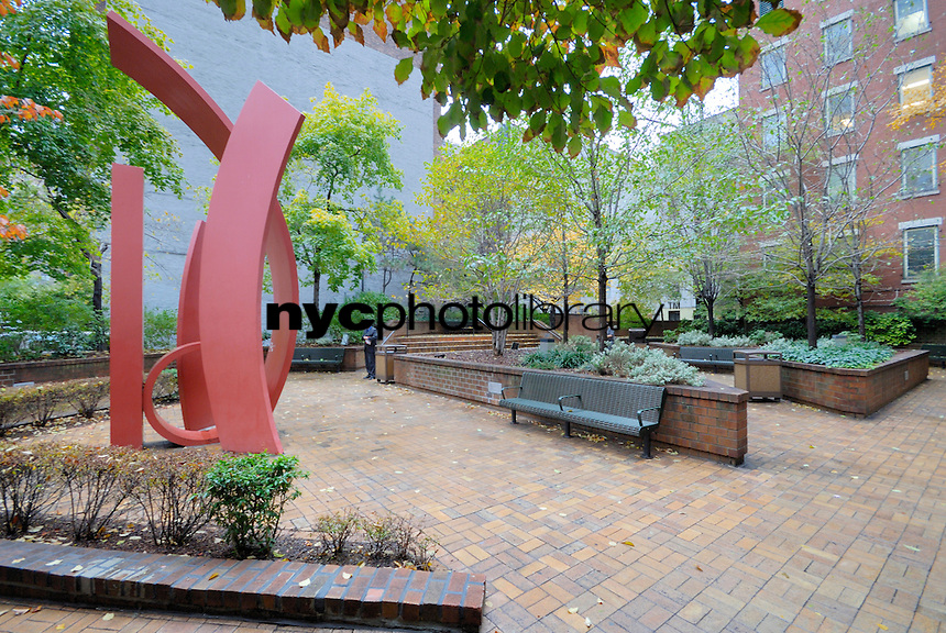 Park at 300 East 54th Street