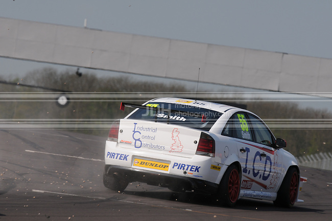 Jeff Smith - Pirtek Racing Vauxhall Vectra