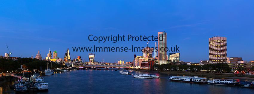 Panoramic view of London at Dusk