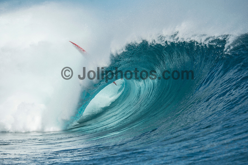 Namotu Island Resort, Namotu, Fiji. (Wednesday May 28, 2014) Laird Hamilton (HAW) SUP board.–  The Fiji Women's Pro, Stop No. 5 of 10 on the 2014  Women's World Championship Tour (WCT) was called on today  at Resturants  bemusing of a rising swell at Cloudbreak. 4'-6' south swell.  A  free surf session went down at Cloudbreak with some amazing barrels with the swell pushing 8'-10'.hoto: joliphotos.com