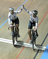 CALI – COLOMBIA – 26-02-2014: Miriam Welte y Kristina Vogel de Alemania durante final de Embalaje Equipos Damas en el Velodromo Alcides Nieto Patiño, sede del Campeonato Mundial UCI de Ciclismo Pista 2014. / Miriam Welte and Kristina Vogel of Germany during final of the test of the Wome´s Team Sprint in Alcides Nieto Patiño Velodrome, home of the 2014 UCI Track Cycling World Championships. Photos: VizzorImage / Luis Ramirez / Staff.