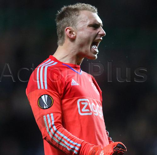 26.11.2015. Glasgow, Scotland. Europa League. Celtic versus Ajax. Ajax keeper Jasper Cillessen celebrates the victory