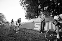 Niels Albert checks his team riders passing by during the Cauberg CX World Cup reconnaissance