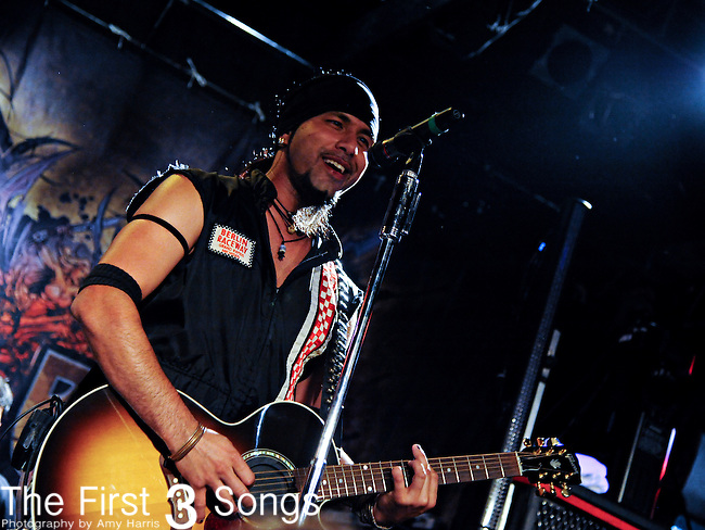 Leigh Kakaty of Pop Evil performs at Phoenix Hill Tavern in Louisville, Kentucky on June 18, 2011.
