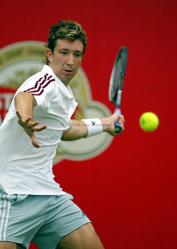 Photograph: Scott Heavey..Day 2 of the Stella Artois Championship at the Queens Club. 10/06/2003..Alex Bogdanovic
