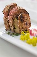 Europe/France/Rhône-Alpes/26/Drôme/Saint-Paul-Trois-Châteaux: Croc de foie gras  et gayet jaune recette de  Cédric Denaux  du Restaurant L et Lui