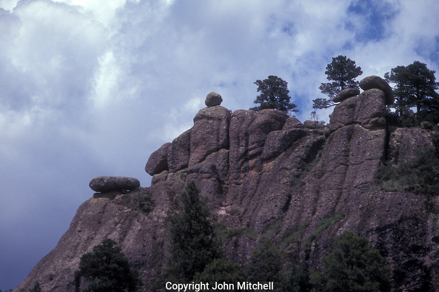 Balancing rocks on a cliff near Creel in the Copper Canyon region, Chihuahua, Mexico