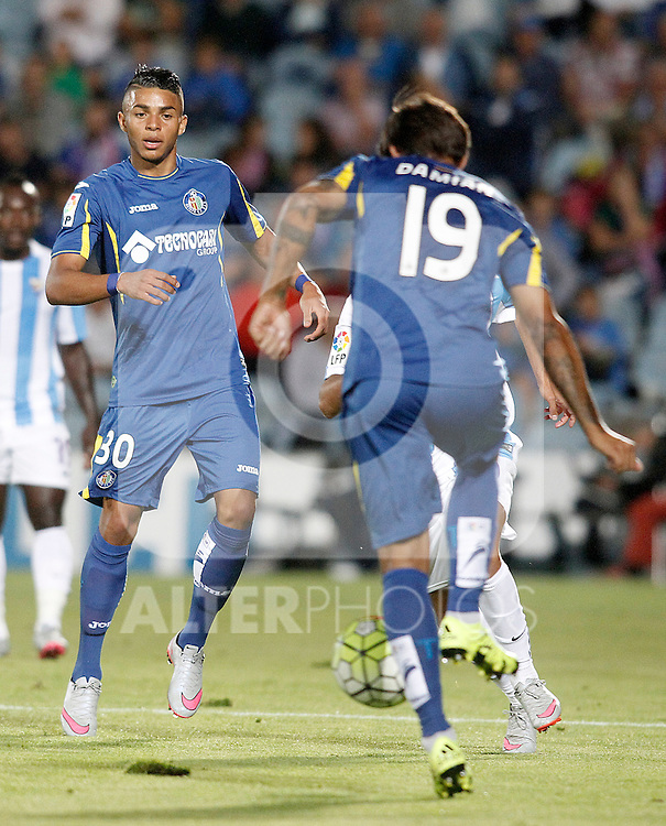Getafe's Wanderson (l) and Damian Suarez during La Liga match.September 18,2015. (ALTERPHOTOS/Acero)
