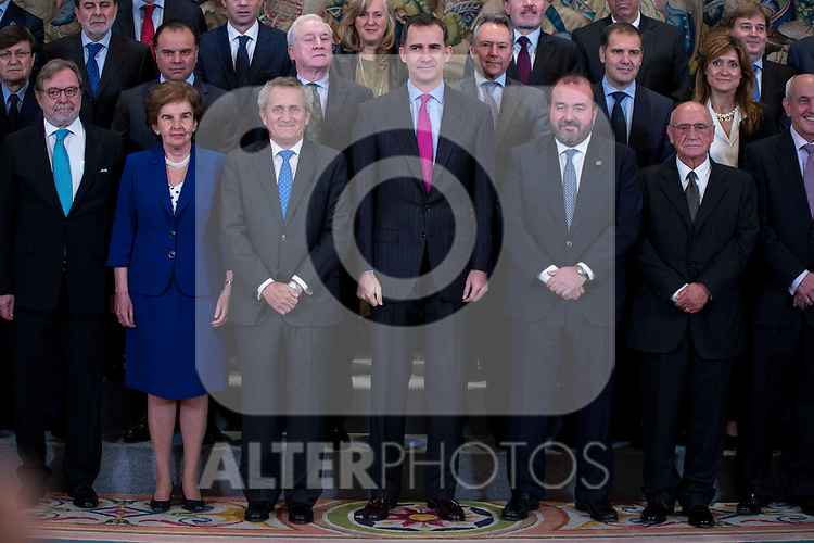 """King Felipe VI of Spain receive in audience to a representation of the Association of editors of Spanish Newspappers for delivery the """"Columna de la Libertad"""" prize at Zarzuela Palace in Madrid.  May 11, 2016. (ALTERPHOTOS/BorjaB.Hojas)"""