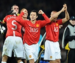 Manchester United's Ryan Giggs celebrates going to Moscow. during the Champions League semi-final 2nd leg match at Old Trafford, Manchester. Picture date 29th April 2008. Picture credit should read: Simon Bellis/Sportimage