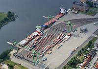 Container Terminal Luebeck : EUROPA, DEUTSCHLAND, SCHLESWIG- HOLSTEIN, (EUROPE, GERMANY), 19.7.2009: Hamburgs Kaimauer an der Ostsee,  Container Terminal Lübeck (CTL). Eine Landbruecke verbindet den Umschlagbetrieb an der Trave mit den Containerterminals an der Elbe. Terminalbetreiber combisped, HHLA-Tochter, taeglich zwei Shuttle-Zuege und eine ganze Flotte Spezial-Trucks ein. Sie verkuerzen den Transportweg zwischen Nord- und Ostsee deutlich. Der erste Containerterminal an der deutschen Ostseekueste h. In Luebeck-Siems wird nach dem LoLo-Verfahren (Lift-on/Lift-off) ohne lange Zwischenlagerung, Europa, Deutschland, Schleswig- Holstein, am Tag, am Tage, am Tage Tag tagsueber,  Container Terminal Container-Terminal, Bahn, Gueterbahn, Container, Globalisierung, Logistik, Transport, internationaler Handel, Welthandel, Container-Terminal Luebeck, Containerbruecke, Containerbruecken, Containerfrachter, Containerhaefen, Containerhafen, Umschlaghafen, Containerlogistik, Containerriese, Containerriesen, Containerschiff, Containerschiffe, Containerterminal, Containerumschlag, Feeder, Containerverkehr, Haefen, Hafen, Hafenwirtschaft, HHLA, Luftaufnahme, Luftaufnahmen, Luftbild, Luftbilder, Luftfoto, Luftfotos, Luftphoto, Luftphotos, Schiff, Schiffe, Seehaefen, Seehafen,  Vogelperspektive, Vogelperspektiven,  Wirtschaft, Wirtschaftszweig.c o p y r i g h t : A U F W I N D - L U F T B I L D E R . de.G e r t r u d - B a e u m e r - S t i e g 1 0 2, .2 1 0 3 5 H a m b u r g , G e r m a n y.P h o n e + 4 9 (0) 1 7 1 - 6 8 6 6 0 6 9 .E m a i l H w e i 1 @ a o l . c o m.w w w . a u f w i n d - l u f t b i l d e r . d e.K o n t o : P o s t b a n k H a m b u r g .B l z : 2 0 0 1 0 0 2 0 .K o n t o : 5 8 3 6 5 7 2 0 9.V e r o e f f e n t l i c h u n g  n u r  n a c h  H o n o r a r  a b s p r a c h e, N a m e n s n e n n u n g  u n d  B e l e g e x e m p l a r !.