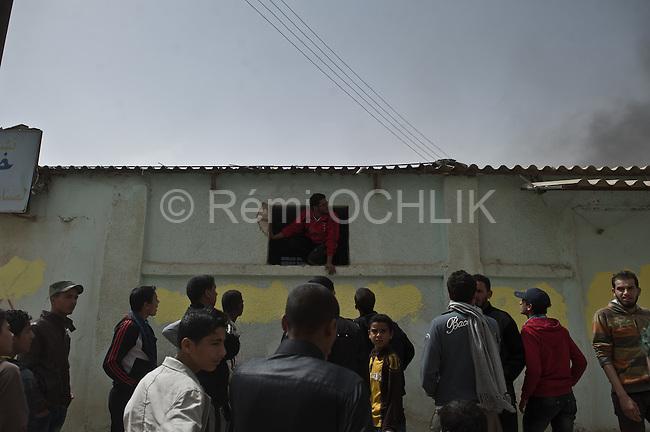 © Remi OCHLIK/IP3 -   Ajdabiya  March 14, 2011 - A factory is on fire in Ajdabiya
