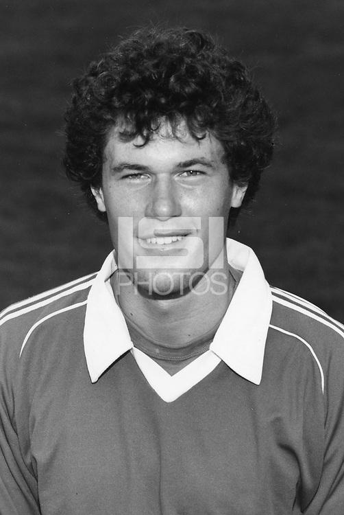 1983: Tom Austin.