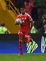BOGOTA - COLOMBIA - 04 - 03 - 2018: Kevin Ramirez, jugador de America de Cali, en acción, durante partido de la fecha 6 entre Millonarios y America de Cali, por la Liga Aguila I 2018, jugado en el estadio Nemesio Camacho El Campin de la ciudad de Bogota. / Kevin Ramirez, player of America de Cali, in action during a match of the 6th date between Millonarios and America de Cali, for the Liga Aguila I 2018 played at the Nemesio Camacho El Campin Stadium in Bogota city, Photo: VizzorImage / Luis Ramirez / Staff.