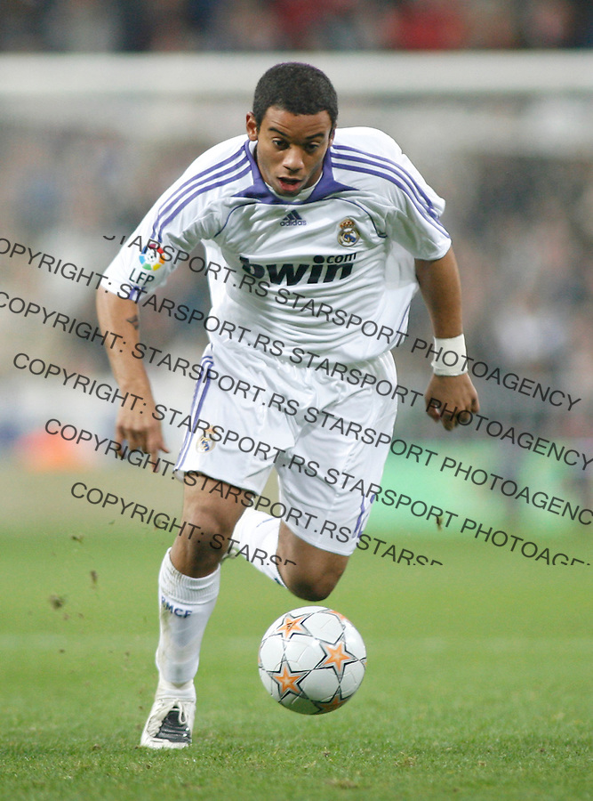 Fudbal, Santjago Bernabeu trofej.Real Madrid Vs. Partizan.Marcelo Vieira.Madrid, 12.05.2007..foto: Srdjan Stevanovic
