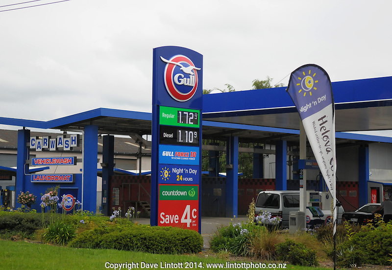 Petrol price sign at Gull Service Station, Rotorua, New Zealand on Saturday, 27 December 2014. Photo: Dave Lintott / lintottphoto.co.nz