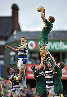 Jamie Gibson rises high to win lineout ball. Aviva Premiership match, between Leicester Tigers and Bath Rugby on January 5, 2014 at Welford Road in Leicester, England. Photo by: Patrick Khachfe / Onside Images