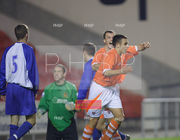 4315 Kay celeb.Blackpool YT V Chester YT