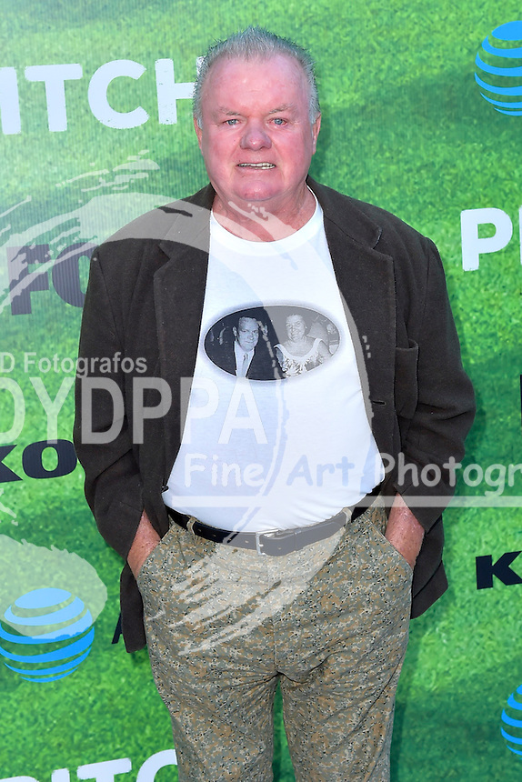 Jack McGee bei der Premiere der FOX TV-Serie 'Pitch' auf dem West LA Little League Field. Los Angeles, 13.09.2016