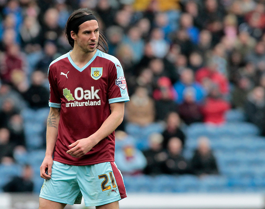 Burnley's George Boyd in action during todays match  <br /> <br /> Photographer David Shipman/CameraSport<br /> <br /> Football - The Football League Sky Bet Championship - Burnley v Wolverhampton Wanderers - Saturday 19th March 2016 - Turf Moor - Burnley<br /> <br /> &copy; CameraSport - 43 Linden Ave. Countesthorpe. Leicester. England. LE8 5PG - Tel: +44 (0) 116 277 4147 - admin@camerasport.com - www.camerasport.com