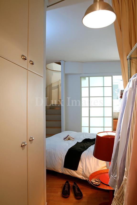 contemporary white bedroom
