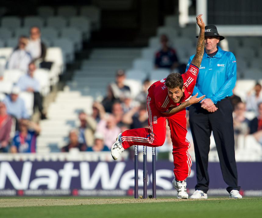 England's Jade Dernbach in action against New Zealand in the first T20<br /> <br />  (Photo by Ashley Western/CameraSport) <br /> <br /> International Cricket - NatWest International T20 Series - England v New  Zealand - Tuesday 25th June 2013 - The Kia Oval, London <br /> <br />  &copy; CameraSport - 43 Linden Ave. Countesthorpe. Leicester. England. LE8 5PG - Tel: +44 (0) 116 277 4147 - admin@camerasport.com - www.camerasport.com