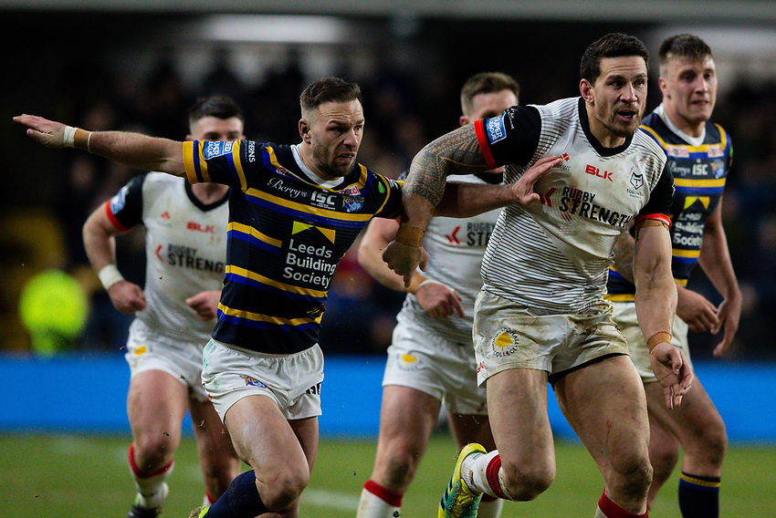 Toronto Wolfpack's Sonny Bill Williams competes with Leeds Rhinos' Luke Gale<br /> <br /> Photographer Alex Dodd/CameraSport<br /> <br /> Betfred Super League Round 6 - Leeds Rhinos v Toronto Wolfpack - Thursday 5th March 2020 - Headingley - Leeds<br /> <br /> World Copyright © 2020 CameraSport. All rights reserved. 43 Linden Ave. Countesthorpe. Leicester. England. LE8 5PG - Tel: +44 (0) 116 277 4147 - admin@camerasport.com - www.camerasport.com
