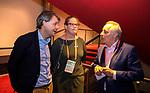 UTRECHT - Dagvoorzitter Tom van 't Hek met KNHB directeur Erik Gerritsen. en Sophie  , Nationaal Hockey Congres van de KNHB, COPYRIGHT KOEN SUYK