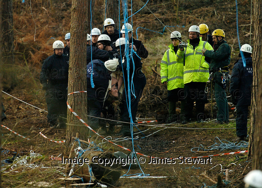 23/01/2006         Copyright Pic: James Stewart.File Name : sct_jspa20_dalkeith.A TOPLESS PROTESTER SCREAMS AS SHE IS TAKEN AWAY BY MEMBERS OF THE NATIONAL EVICTION TEAM AFTER BEING TAKEN DOWN FROM A TREE TOP AT DALKEITH PARK.......Payments to :.James Stewart Photo Agency 19 Carronlea Drive, Falkirk. FK2 8DN      Vat Reg No. 607 6932 25.Office     : +44 (0)1324 570906     .Mobile   : +44 (0)7721 416997.Fax         : +44 (0)1324 570906.E-mail  :  jim@jspa.co.uk.If you require further information then contact Jim Stewart on any of the numbers above.........