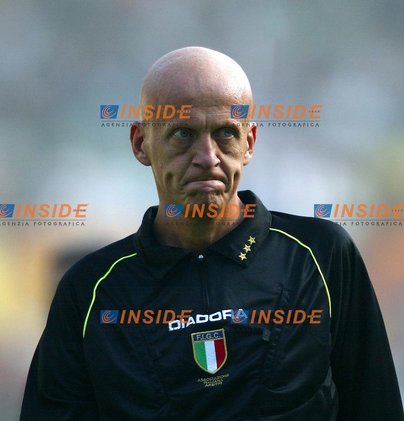 Roma 19/10/2003 <br /> Roma Parma 2-0 <br /> L'arbitro Pierluigi Collina<br /> Foto Staccioli / Insidefoto